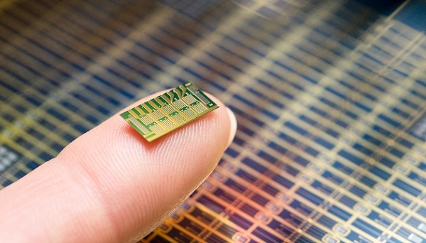 Next Generation of Drug-Delivery: Microchips