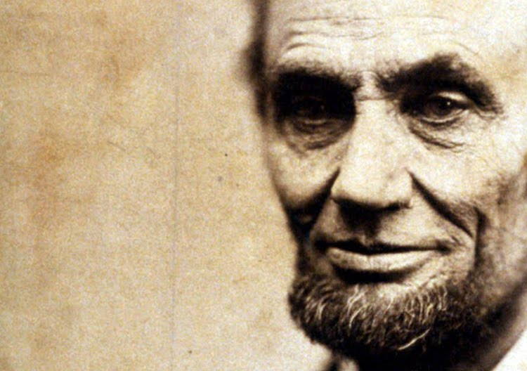 4 Short Yet Powerful Quotes from Abraham Lincoln to Help You Grow