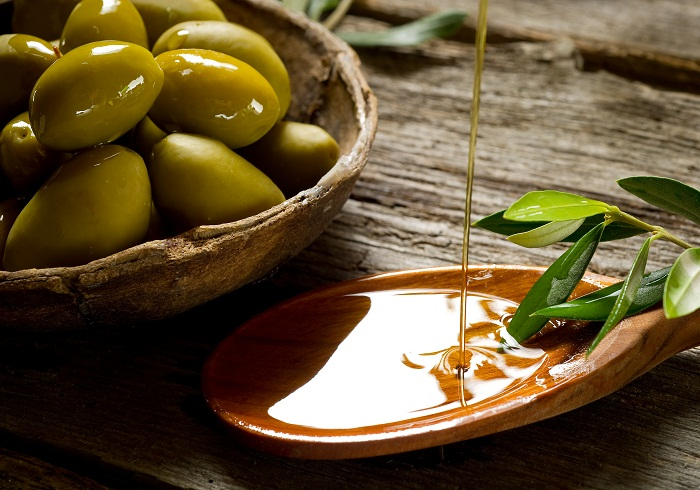 Olive oil is the healthiest choice when it comes to frying food, study finds