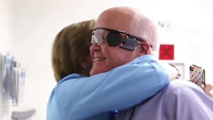 Blind Man Sees Again After 33 Years, Thanks to Bionic Eye Implant
