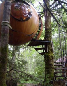 01-Sphere Houses on Vancouver Island