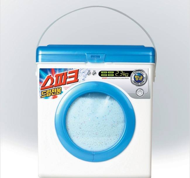 17-Laundry Detergent-Clever Product Packages
