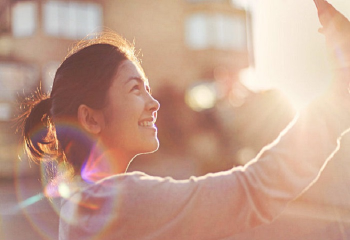 Read more about the article 5 High-Yield Ways to Be Happier and Healthier on Social Media