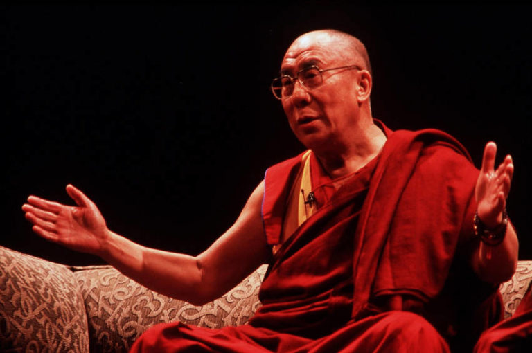 Read more about the article Someone Asked The Dalai Lama What Surprises Him Most, His Response Was Mind Altering