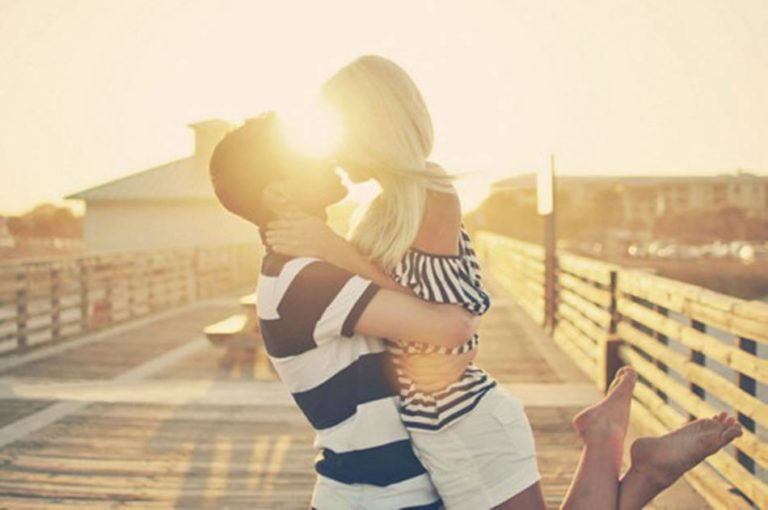 7 Things Happy Couples Do Every Day