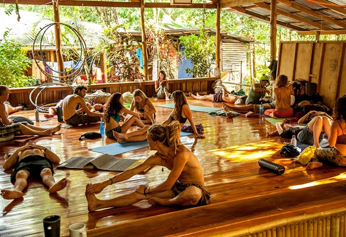 Read more about the article Living the Tribal Life: 6 Experiences from Tribal Gathering