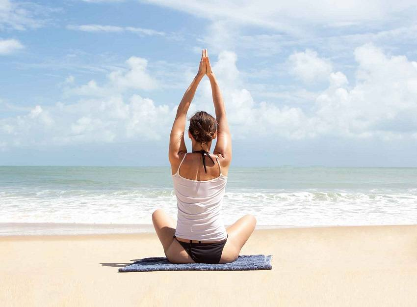 Caveman Yoga : Correct your posture with these yoga poses