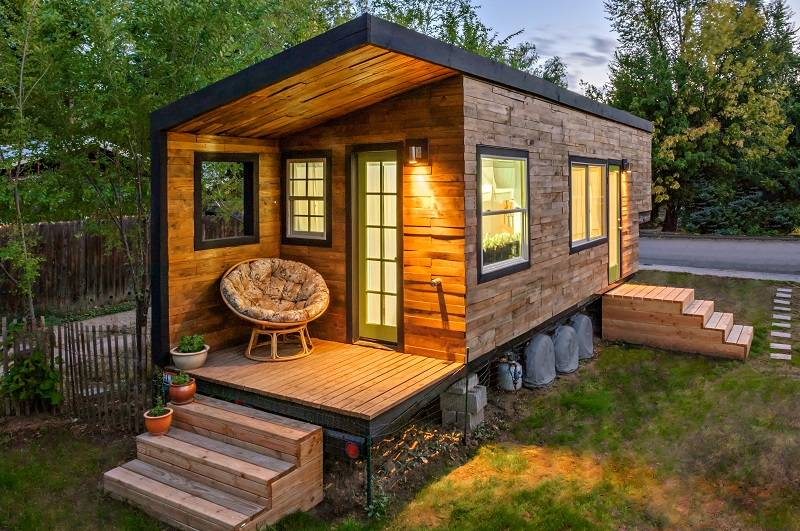 Awesome Tiny House Dweller Shares Her Inspiring Story And The Secrets To Largest Home Design Picture Inspirations Pitcheantrous