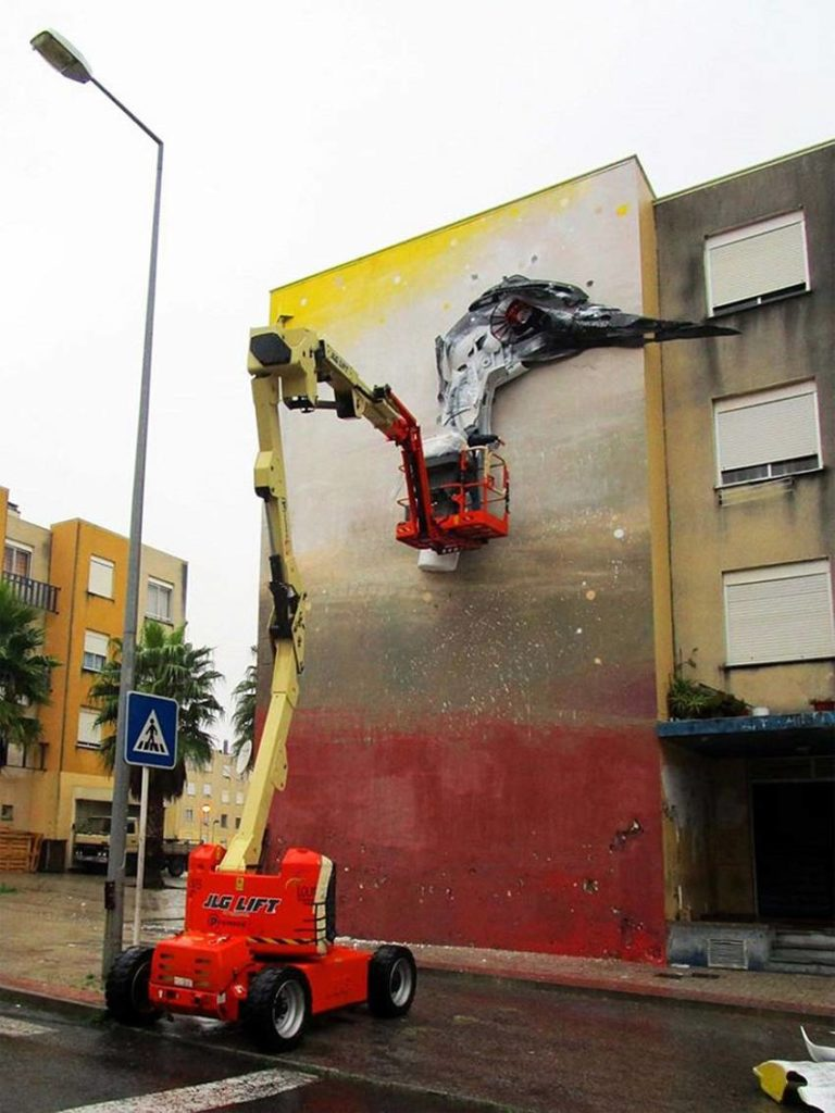 03-Bordalo II - Amazing Murals From Trash