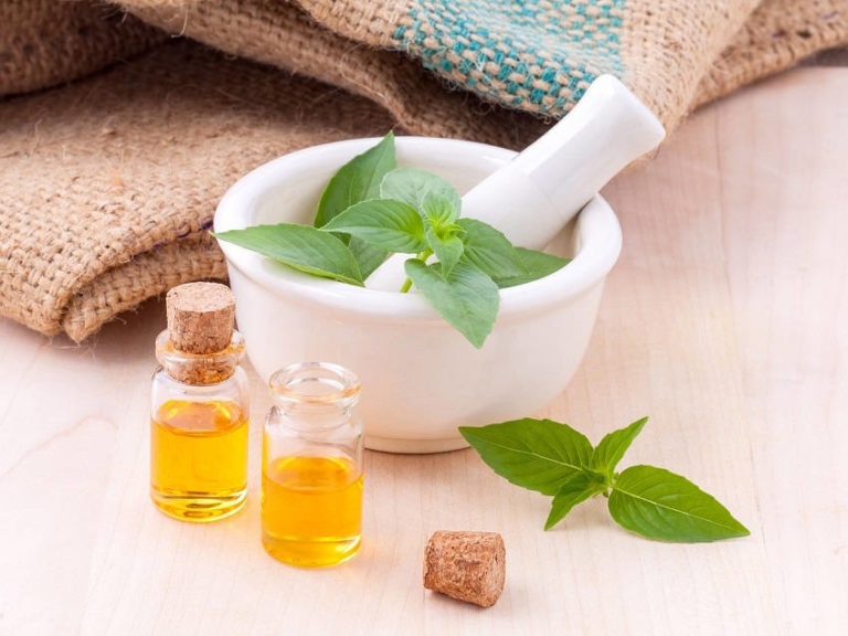Why Do People Prefer Natural Remedies to Modern Medicine?