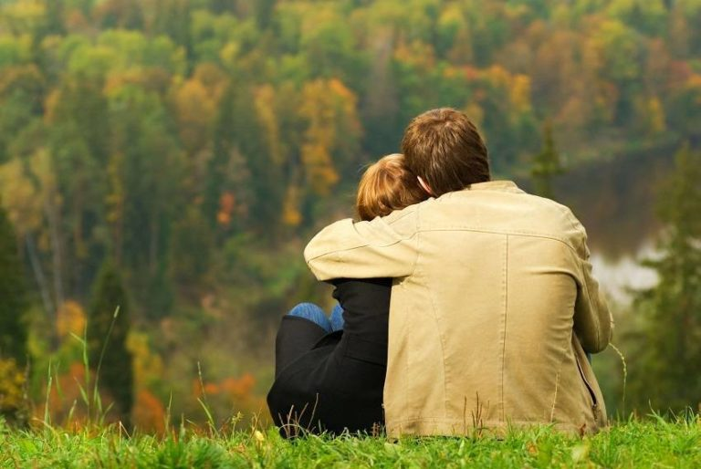 How to Make a Relationship Last? 3 Things to Do & 7 to Avoid
