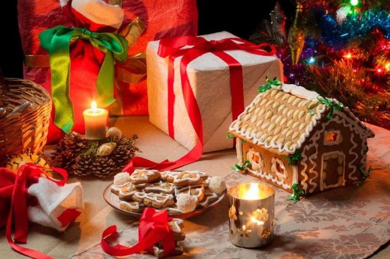 Read more about the article 15 Beautiful Handmade Christmas Gifts for Your Family and Friends