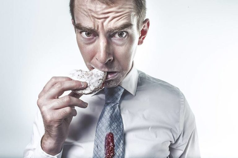 Read more about the article Here Is How to Curb Your Sugar Addiction Today