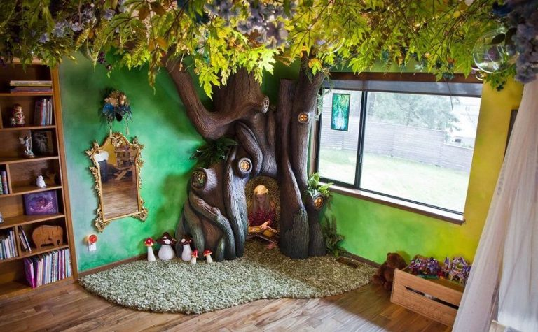 Daddy Spends 18 Months to Create an Incredible Fairy Tree in His Daughter's Bedroom