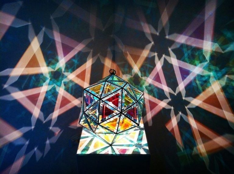These Handmade Glass Lamps Will Transform Your Room into a Magical Realm of Geometric Patterns