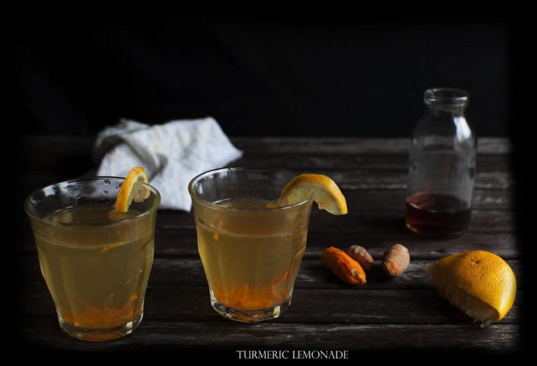 How to Make Turmeric Lemonade That Works Wonders for Depression