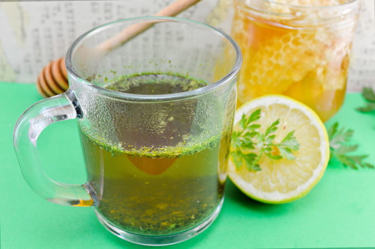 Cleanse Your Kidneys Fast and Naturally with Parsley Tea