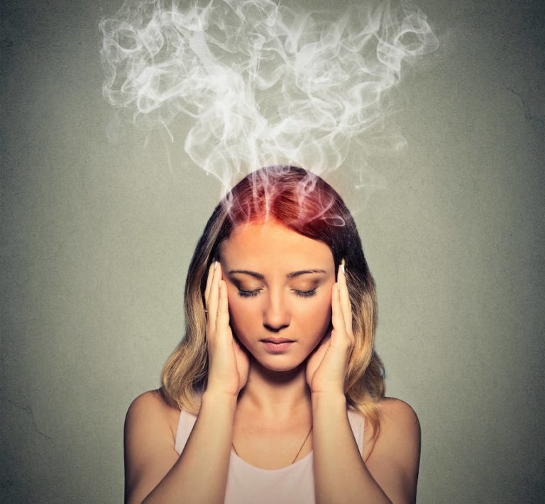 6 Warning Signs That Your Stress Levels Are Dangerously High