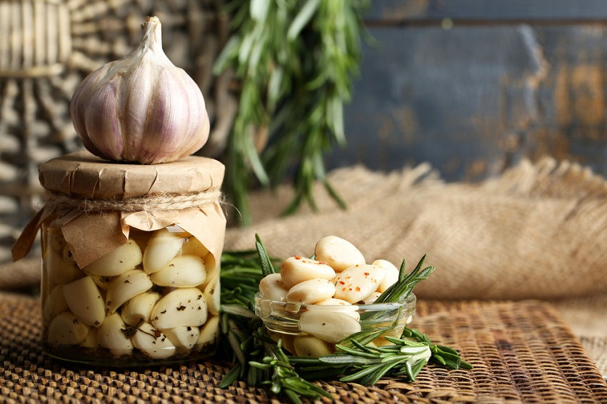garlic Get Rid of Mosquito Bites