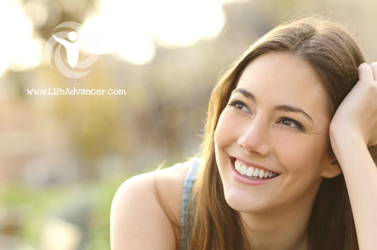 Read more about the article 7 Reasons Why You Should Smile More, According to Science