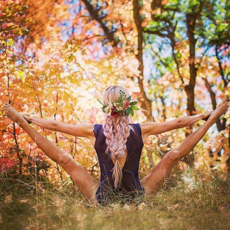 Read more about the article Incredible Yoga Positions by Heidi Williams Convey an Important Message
