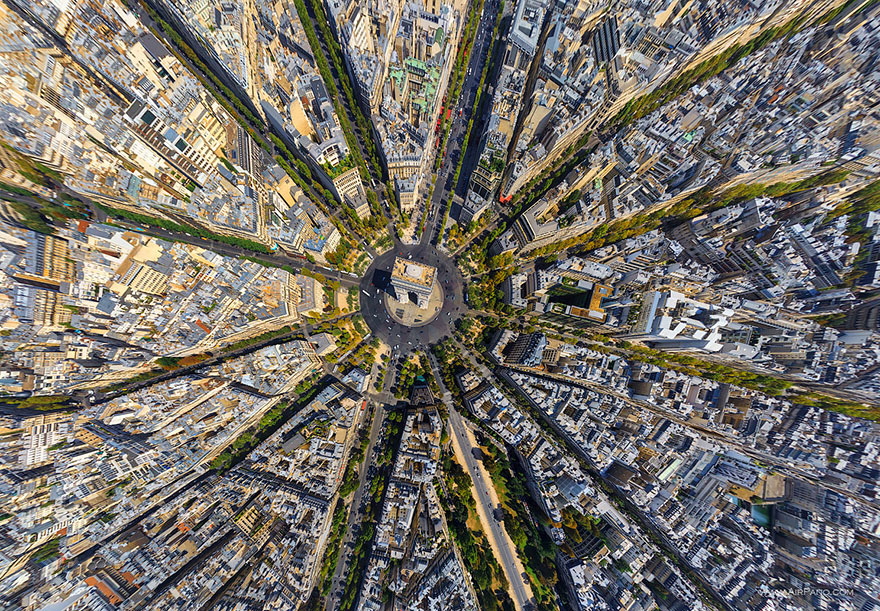 Arc De Triomphe, Paris - bird's-eye view