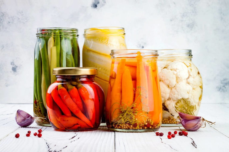 5 Health Benefits of Fermented Foods (and 6 Must-Eat Ones)