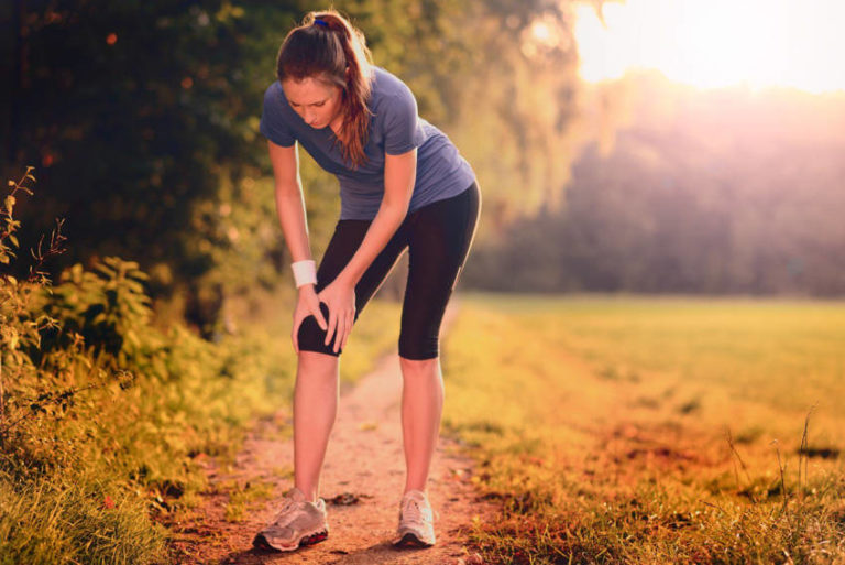 4 Simple Stretches for Knee Pain That Will Give You Relief