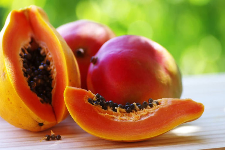 4 Tropical Fruits That Are Rightfully Winning in Health Trends