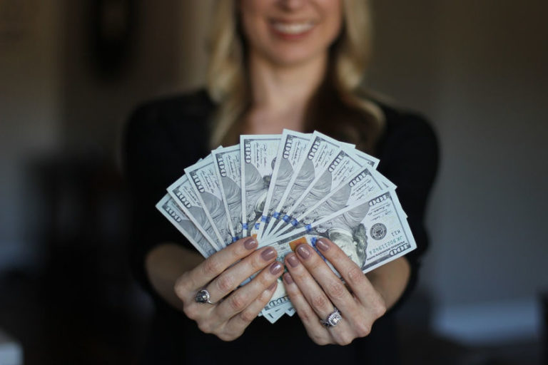 Does Money Make You Happy? The Truth You Didn't Expect to Hear