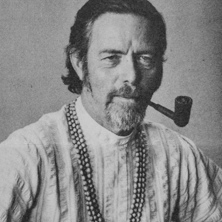 Read more about the article Alan Watts' Philosophy, Biography & Key Ideas of His Teachings