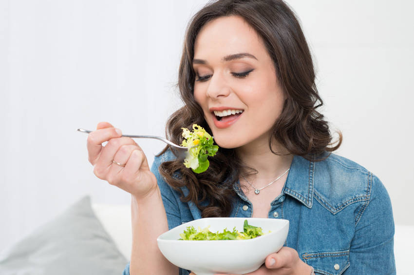 8 Benefits of Eating Slowly