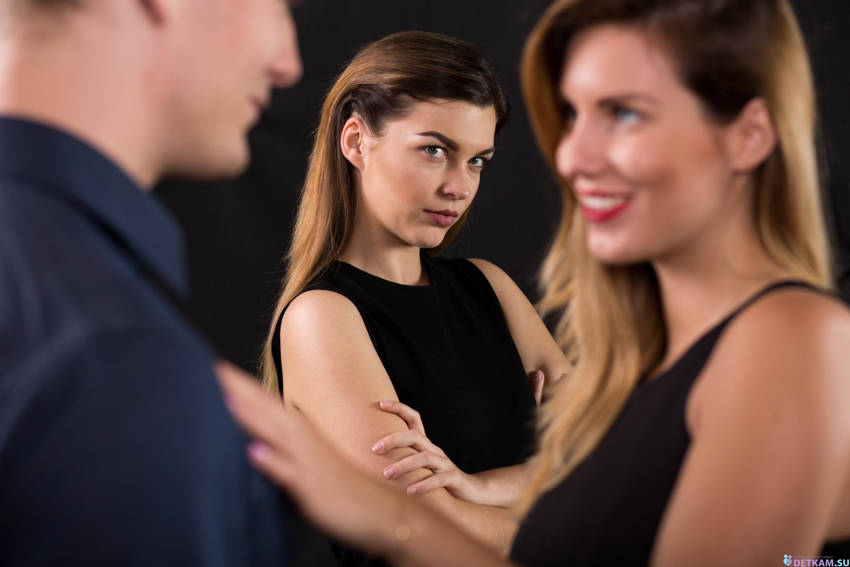 Things Chronic Cheaters Do in a Relationship and How to Spot Them